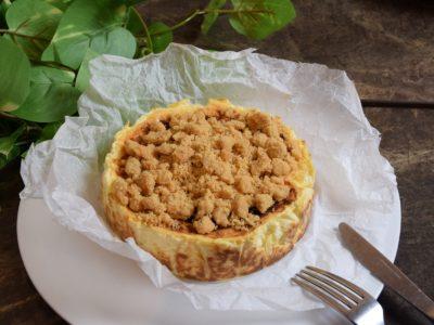 ブランドPD「なちこ」がプロデュースする『クランブルバスクチーズケーキ』!SNS著名人も絶賛のシカゴピザ&スフレオムレツ MEAT&CHEESE ARK 2ND と共同開発!10月2日販売開始!!